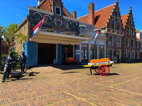 Ontdek de dijken van Volendam