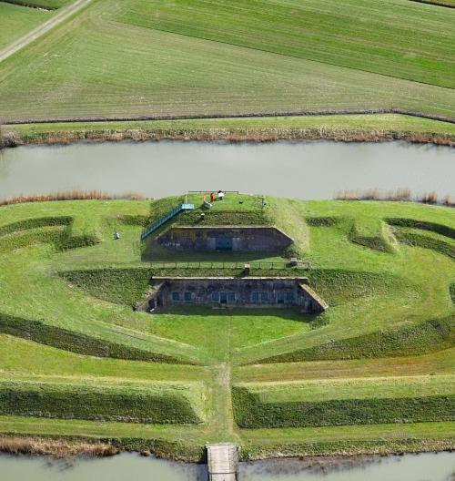 Waterlinie fiets-experience: Fietsen door loopgraven en langs forten