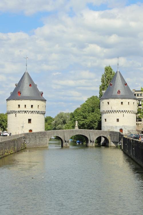Trappen langs de Leie in Kortrijk